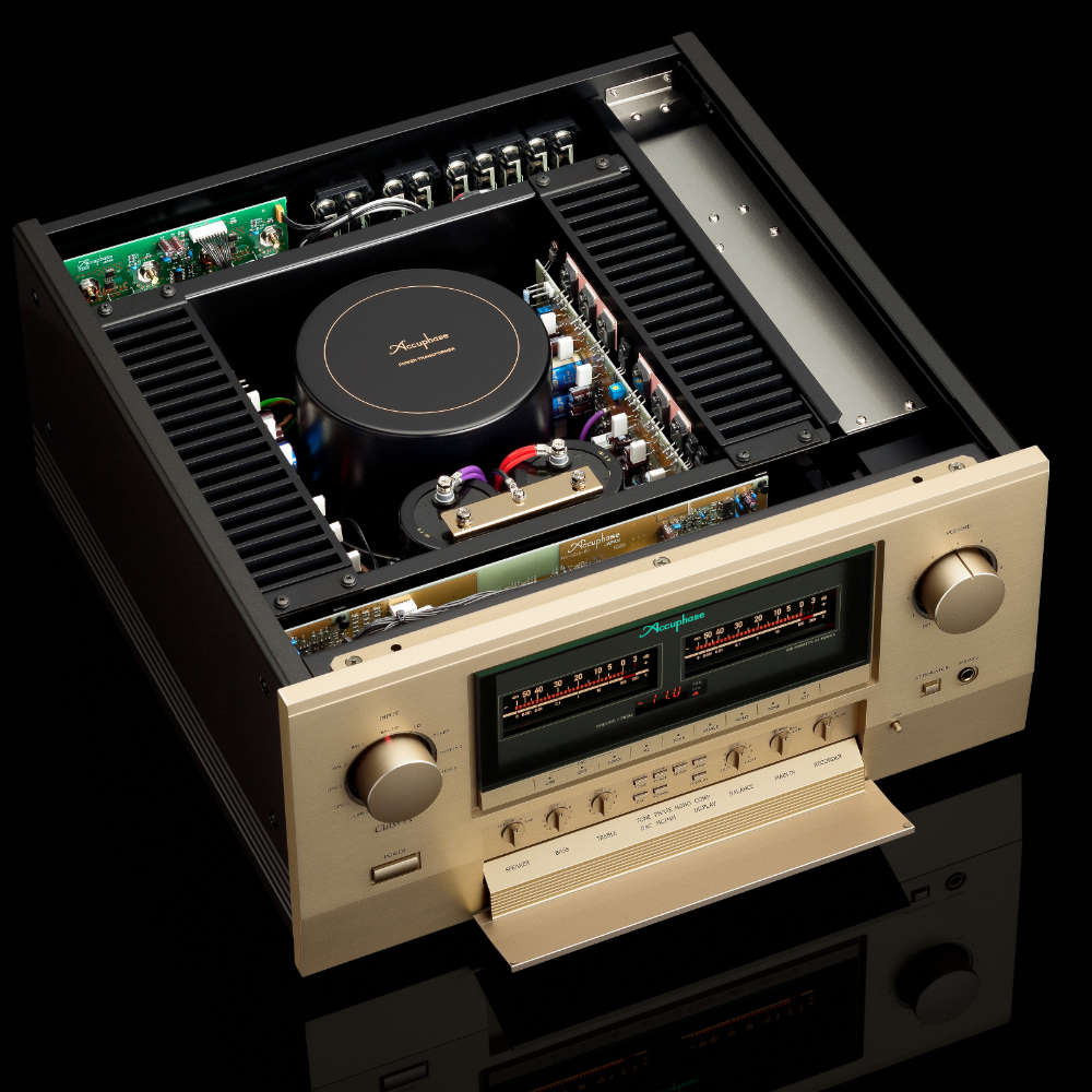 accuphase-3-300